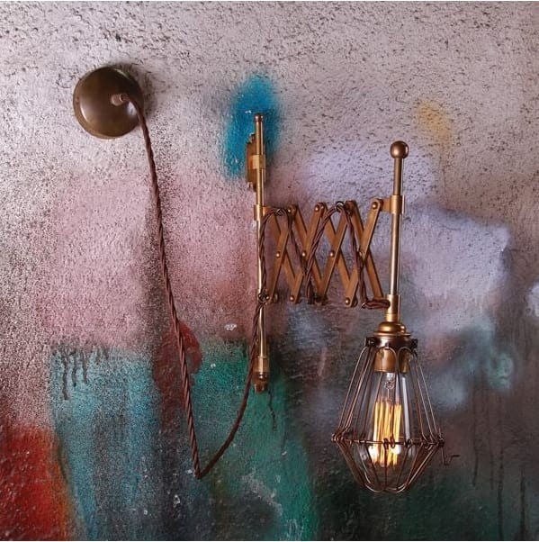monaghan-lighting-lonn-adjustable-scissor-cage-wall-light-in-antique-brass-p9128-13608_image