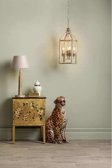 https://www.lightingcompany.co.uk/pagoda-4-light-lantern-crackle-gold-cream-p24538
