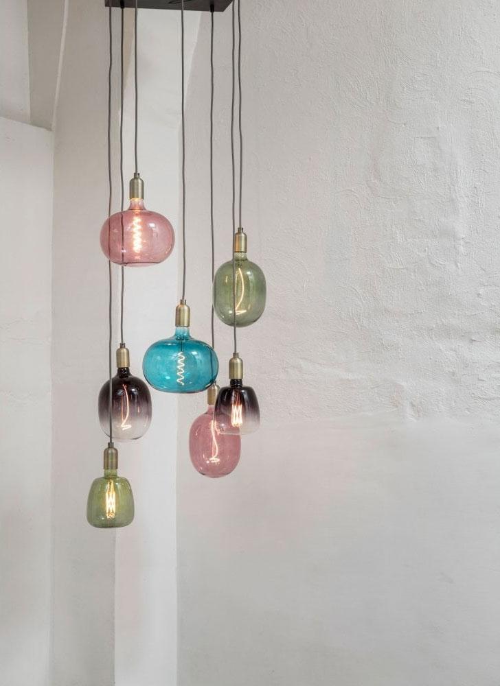 https://www.lightingcompany.co.uk/light-bulbs-c95/decorative-and-oversized-bulbs-c152