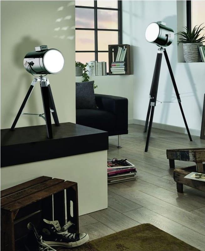 UPSTREET Tripod Floor Lamp Black Wood and Steel