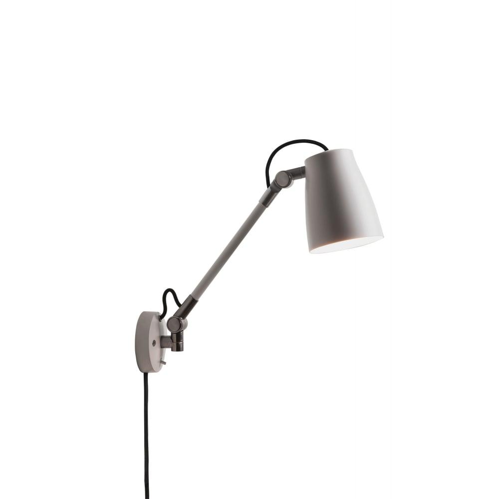 Adjustable plug in wall light