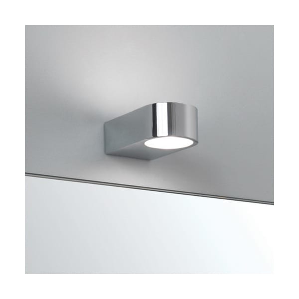 Contemporary Bathroom Wall Light In Polished Chrome Ip44 Rated