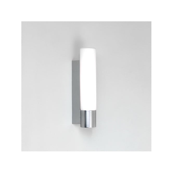 Astro KYOTO bathroom wall light (satin chrome)