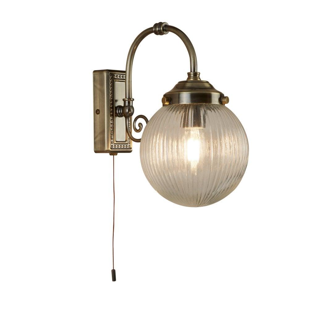 finest selection 25d33 14958 BELVUE single antique brass bathroom wall light ridged glass globe shade