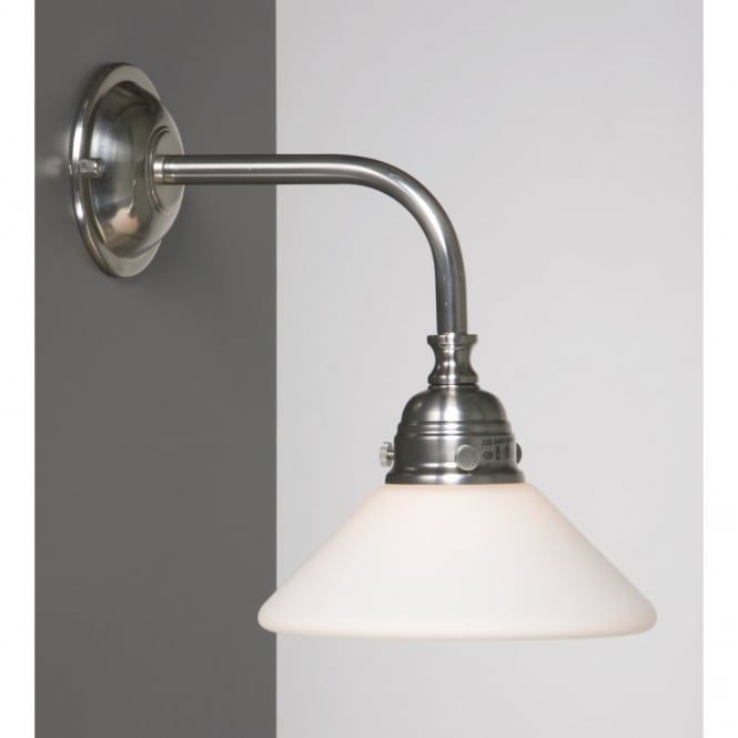 Linea Verdace BATH CLASSIC traditional bathroom wall light, satin nickel