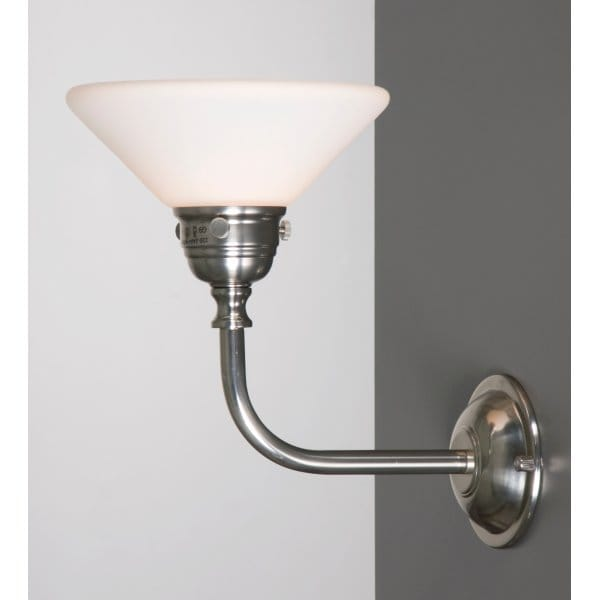 Traditional victorian or edwardian bathroom wall light in for Traditional bathroom wall lights