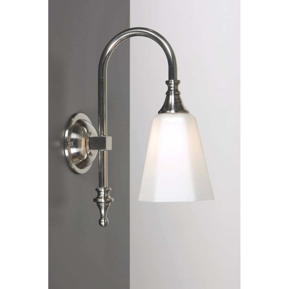 Old Fashioned Bathroom Wall Light Traditional Ip44 Light